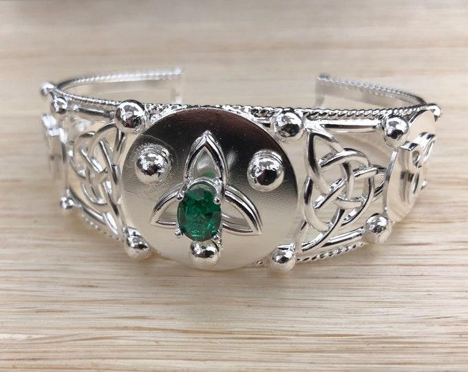 Celtic Triquettra Bracelet Cuff, Irish Bracelets, Sterling Celtic Bracelet Cuff, Handmade Celtic Jewelry, Artisan Cuff Bracelet, Boho Cuff