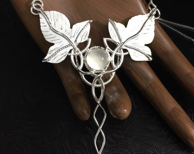 Woodland Elvish Moonstone Necklace in Sterling Silver, Artisan Fae Celtic Necklace with Leaves and Gemstone, Sterling Silver Artisan OOAK
