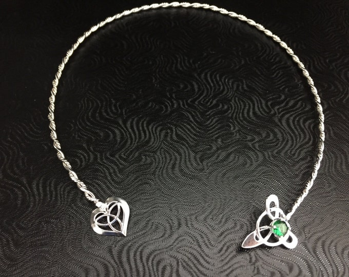 Emerald Celtic Neck Jewelry in Sterling Silver, Irish Neck Torc, Gifts For Her,  Handmade Neck Jewelry, Celtic Wedding Accessory
