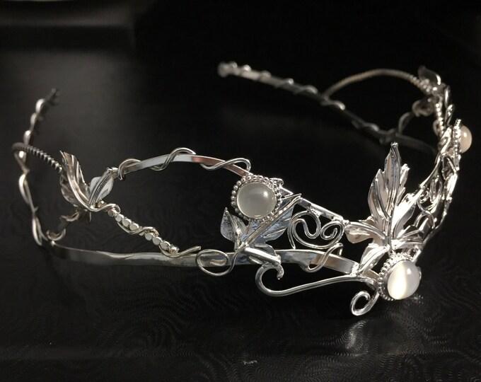 Woodland Leaf Moonstone Wedding Gemstone Circlet in Sterling Silver, Renaissance Tiara, Leaf Bridal Headpiece, Handmade Leaf Crown
