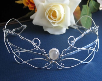 Moonstone Wedding Crown in Sterling Silver, Woodland Crown, Renaissance Crown in Sterling Silver with Cabochon Gemstone, OOAK