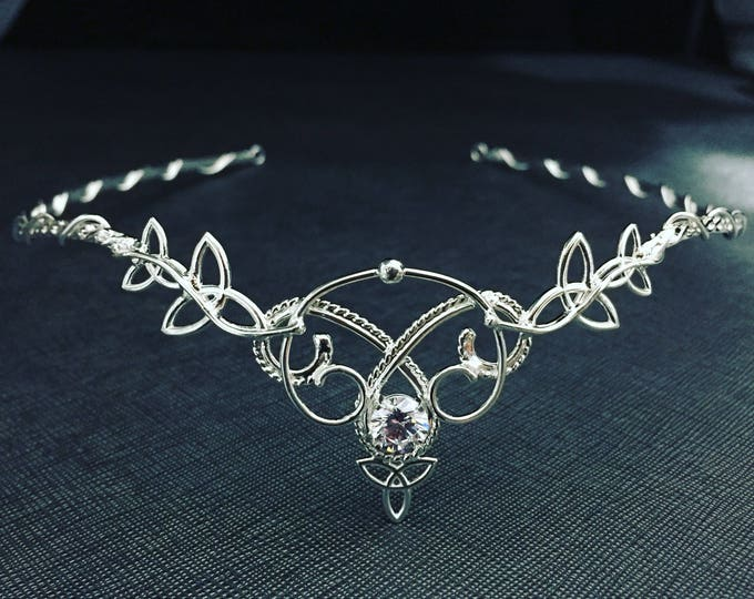Celtic Knot Emerald Wedding Tiara in Sterling Silver, Irish Diadems, Renaissance Bridal Circlets, Alternative Bridal Accessory, Handfasting