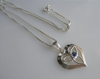 Petite Celtic Heart Necklace, Small Heart Gemstone Necklace with 16 Inch Box Chain, Irish Wedding, Celtic Wedding, Celtic Accessories