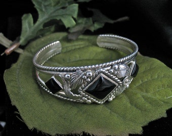 Onyx Southwestern Cuff Bracelet with Leaves and Flowers, Handmade Artisan Bracelet Cuffs, Sterling Silver Southwestern Cuff Bracelet