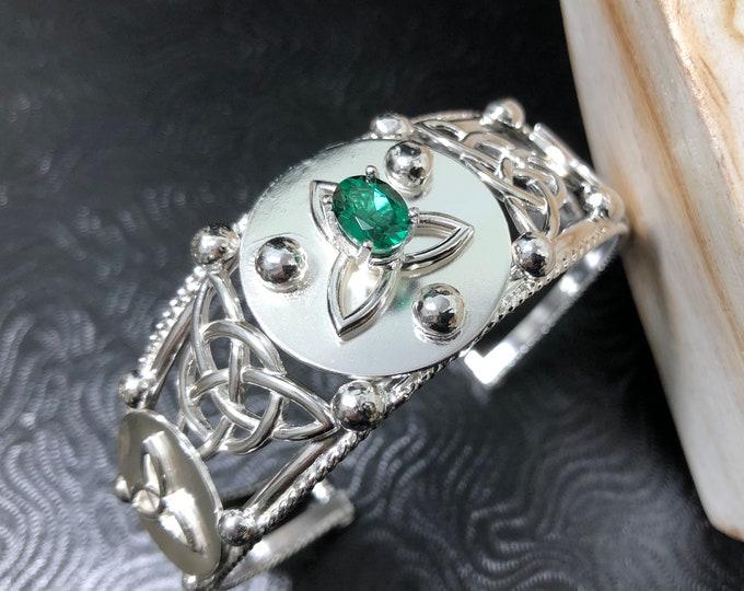 Celtic Knot Bracelet Cuff in Sterling Silver, Irish Statement Bracelet Cuff, Celtic Jewelry, Artisan Cuff Bracelet, Boho Cuff