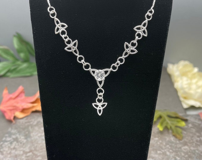 Celtic Trinity Knot Emerald Necklace in Sterling Silver, Irish Necklaces, Gift For Her, Boho Necklace, Sterling Silver Lariat Style Necklace