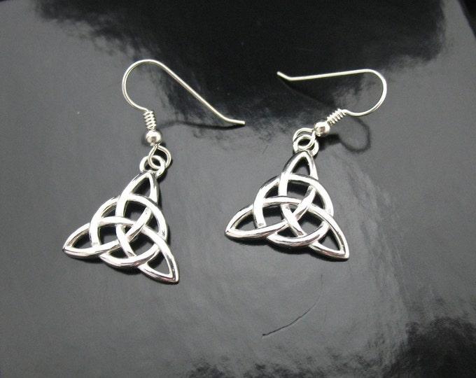 Simple Irish Trinity Knot Earrings in Sterling Silver, Celtic Earrings, Celtic Knot Earrings, Renaissance Earrings, Trinity Knot Jewelry