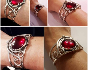 Sterling Silver Witchblade Style Bracelet, Artisan Boho Red Glass 25mm Cabochon, Statement Heavy Bracelet Cuff Large, Handmade Cuff Bracelet