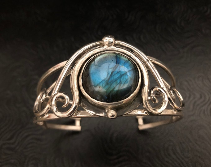 Sterling Silver Art Nouveau Artisan Bracelet Cuff with Labradorite Cabochon, Bohemian  Cuff Bracelets, Gifts For Her