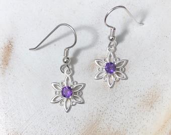 Snowflake Sterling Silver Gemstone Earrings, 4mm gemstones, Irish Knot Earrings, Simple Sterling Silver Celtic Earrings with Gemstones