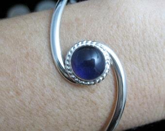 Classic Simple Swirl Bracelet Cuff With Gemstone Cabochon, Simple Cuff, Handmade Cuff Bangle, Artisan, Simple Bracelet Cuff, Bracelets