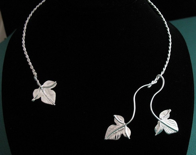 Ivy Leaves Neck Torc in Sterling Silver, Handmade, OOAK Neck Torc, Woodland Theme Necklace