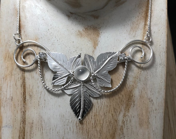 Woodland Leaves Necklace in Sterling Silver, Elvish Necklace with Amethyst and White Topaz, Bohemian Style OOAK Renaissance Necklaces 925