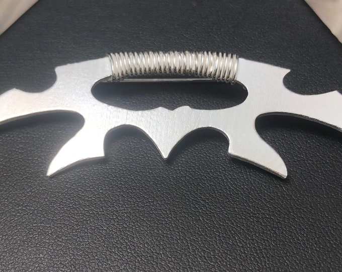 Klingon Bat'leth Cosplay inspired Brooch, Batleth Artisan Miniature Jewelry, Cosplay Jewelry, Klingon mek'leth necklaces