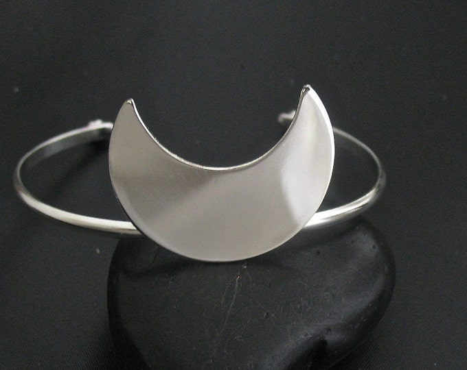 Moon Bracelet Cuff in Sterling Silver, Stevie Nicks Moon Jewelry, Waxing Waning Moon bracelet, Celestial Cuffs, Gifts For Her