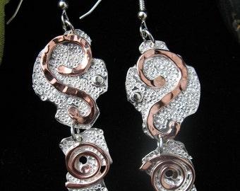 Mixed Metal Artistic Hammer Texture Earrings, Art Deco Earrings, OOAK Earrings with Silver and Copper, Combo metal earrings, Art Nouveau