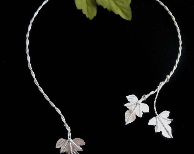 Ivy Leaf Neck Jewelry in Sterling Silver, Woodland Neck Ring, Artisan Elvish Choker Necklace