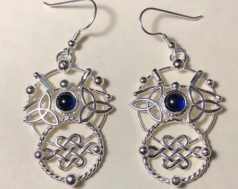 Celtic Knot Eternity Circles Earrings in Sterling Silver, Brutalist Jewelry, Celestial Artisan Abstract Earrings, Gifts For HerCute Earr