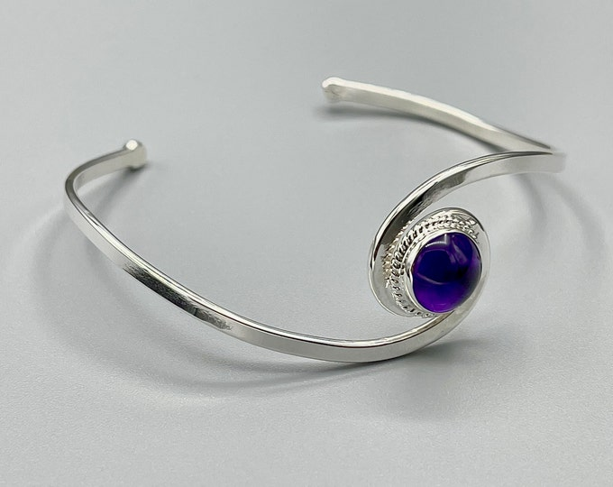 Classic Simple Swirl Bracelet Cuff With Amethyst, Moonstone, Garnet Cabochon, Simple Cuff Bangle, Gifts For Her, Classic Bracelet Cuffs
