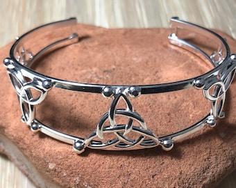 Celtic Trinity Knot Bracelet Cuff in Sterling Silver, Irish Jewelry, Gifts For Her, Artisan Bracelet Cuffs