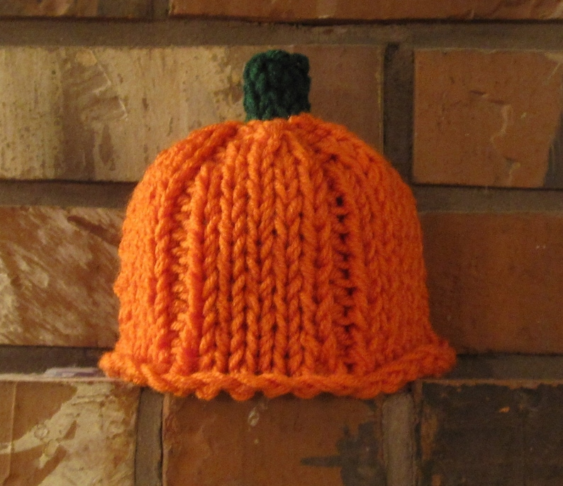 Pumpkin Hat Pattern image 0