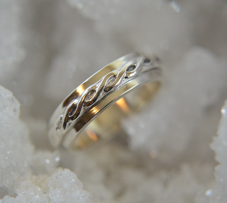 Jubilant  hand crafted men's ring wedding image 0
