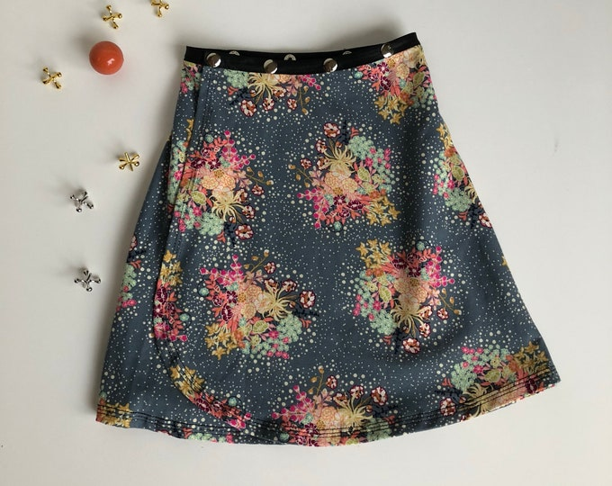 Flower Snap Skirt, Erin MacLeod, adjustable kid skirt