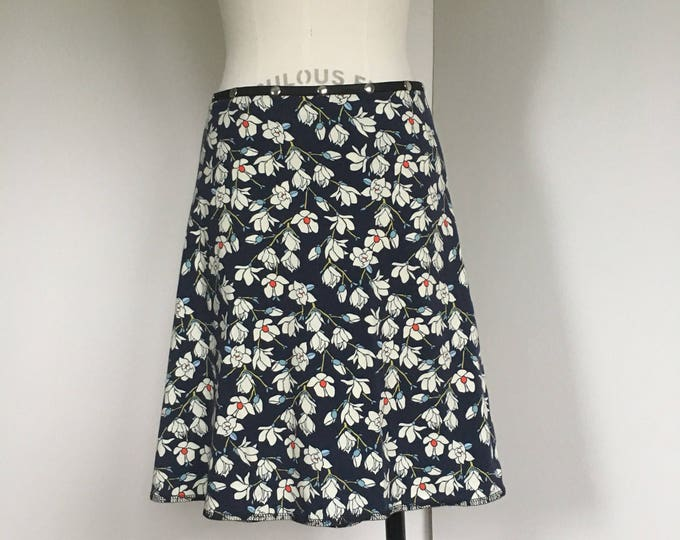 Flowers Skirt, Cotton Skirt, one size, Snap Skirt, blue Skirt, Erin MacLeod, womens skirt, adjustable skirt,