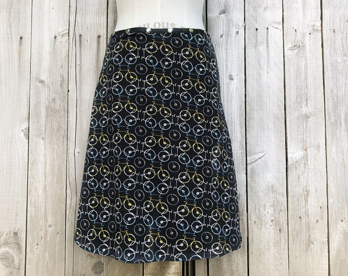 snap skirt, bike skirt, black skirt, hiking skirt, handmade skirt, adjustable skirt, Erin MacLeod, FREE SHIPPING