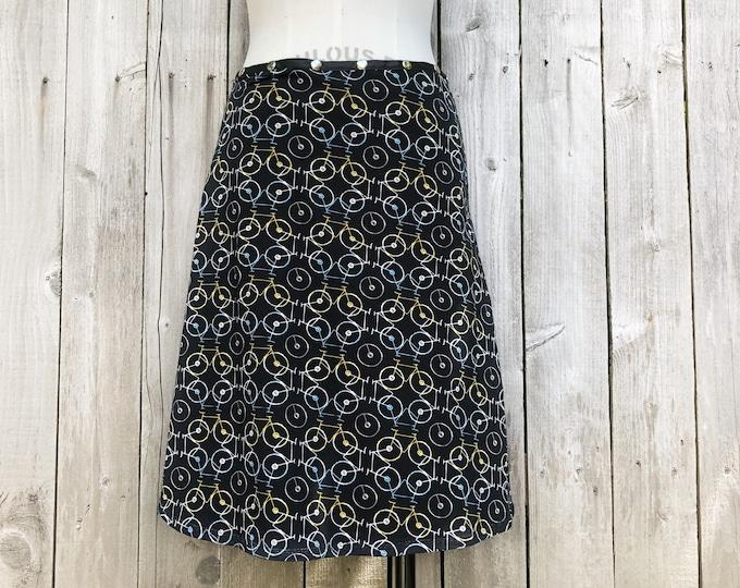 snap skirt, bike skirt, black skirt, hiking skirt, handmade skirt, adjustable skirt, Erin MacLeod, FREE SHIPPING