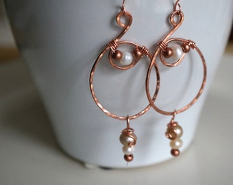 Hammered Copper Hoop Earrings with Tan and White Freshwater Pearls