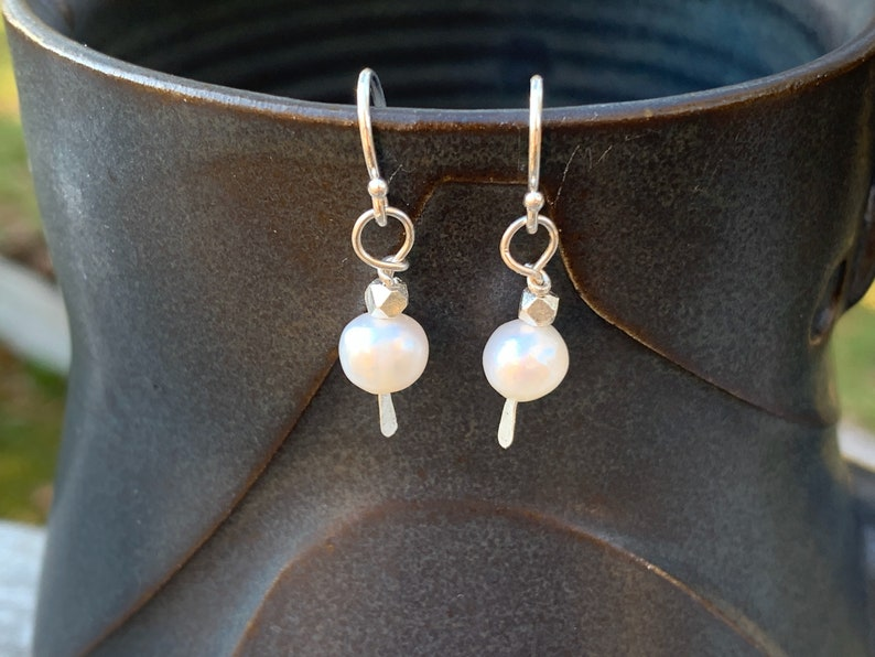 Argentium Sterling Silver Earrings  White Freshwater Pearl image 0