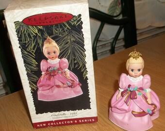 HALLMARK Madame Alexander CINDERELLA CHRISTMAS Ornament 1st In Series 1995