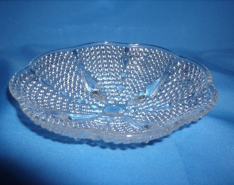 """L E SMITH One Thousand 1000 Lines Crystal Glass 7"""" 4 FOOTED Bowl DISH"""