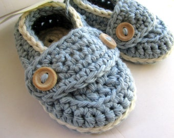 Crochet Baby Booties, Organic Cotton Little Button Loafers // many sizes and colors to choose from//Baby shower gift, Pregnancy Announcement