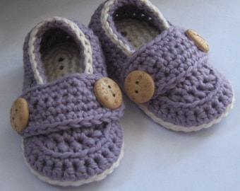 Crochet Baby Booties, Pima Cotton Little Button Loafers // Many colors and sizes to choose from // Baby shower gift, Pregnancy Reveal