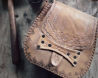 Hand Carved Leather Womens Bag - Handmade Leather Womens Bag - Shoulder Bag - Belt Bag - Crossbody Leather Womens Bag - Boho Leather Bag