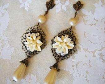 Ivory Flower Vintage Inspired Earrings