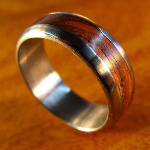 Mens Wooden Wedding Band 5th Anniversary, Mens Titanium Ring Custom Engraving Green Box Elder Wood Inlay Wedding Band For Men