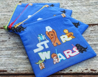Star Wars zipper pouch. Princess Leia and Han Solo. I love you, I know. Carrie Fisher change purse. Jedi recommended.