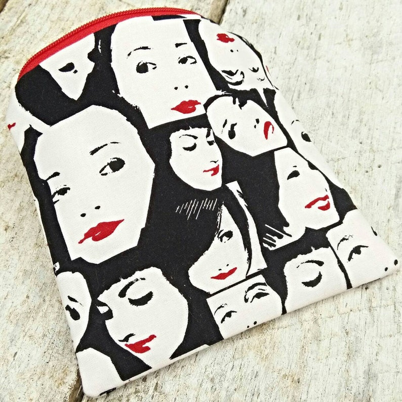 Lipstick faces pouch. Square zipper pouch. Makeup bag. Ladies image 0