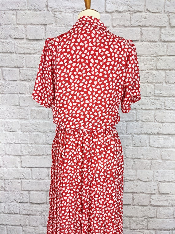 Red and White Blouson Dress - Simple Tulip Print … - image 8