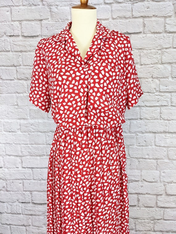 Red and White Blouson Dress - Simple Tulip Print … - image 4