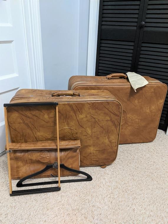 NWT Vintage Luggage Set 3 Piece American Tourister