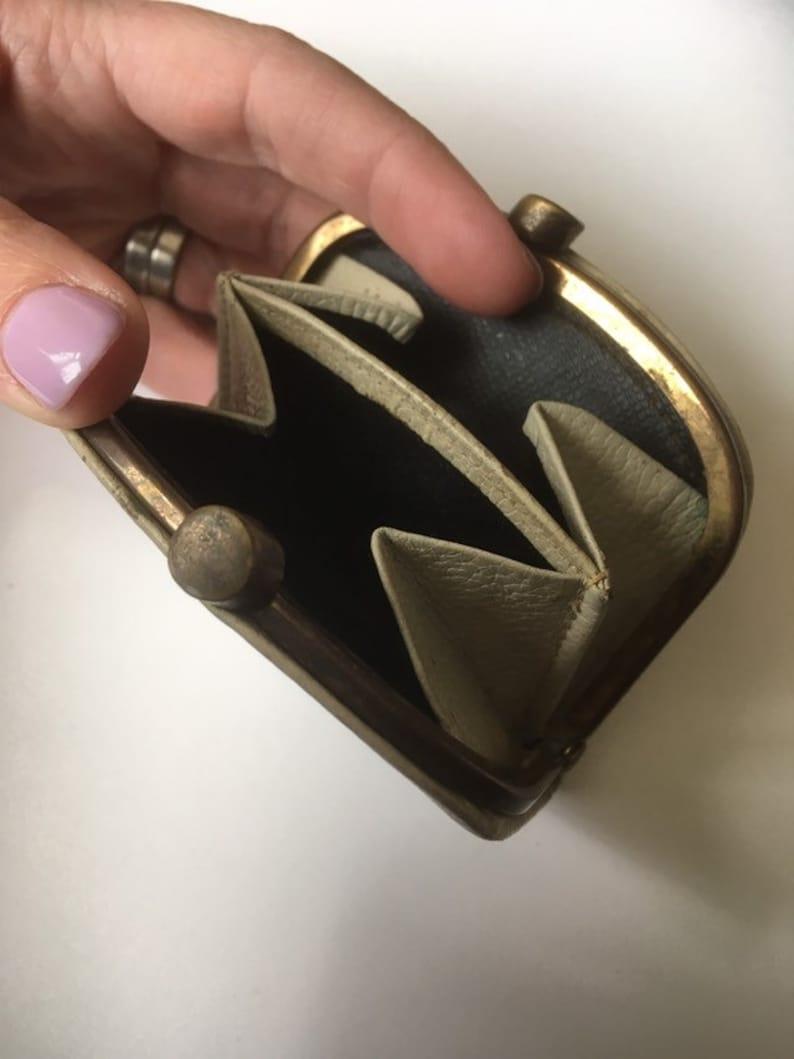 Small cream leather vintage purse.
