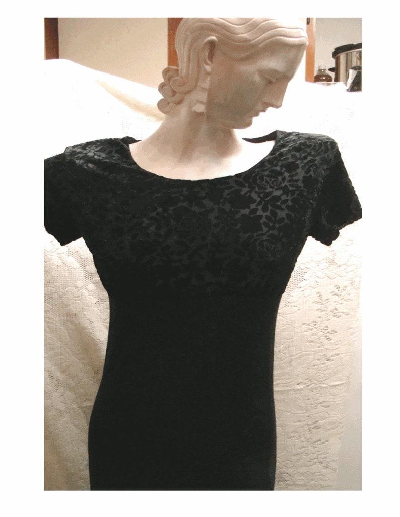 Beautiful Vintage GAP MAXI DRESS Size Small Embossed Velvet Bodice /& Knit Bottom