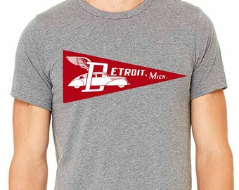 Retro Detroit Flying Car Pennant Silkscreened T-Shirt, Celebrating the Motor City's Automobile Heritage (Sizes: XS,S,M,L,XL,2XL)