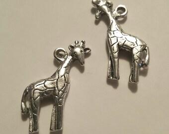 Silver Giraffe Charm - 10 pcs. - Giraffe Charms - Animal Charms - Safari Charm - Zoo Animal Charms - African Charms