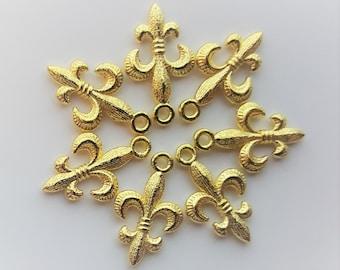 Fleur De Lis Charms - 10 pc. - Gold Fleur De Lis - 3D - DIY Charms - Christian Charms - Lead Free Charms - Tibetan Charms - Saints Charm