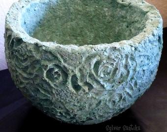 Indoor Outdoor Concrete Cement Stone Hypertufa Papercrete Flower Pot mint green small round artistic decorative textured succulent planter